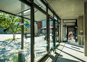 """Tagesspiegel: Modellprojekt METROPOLENHAUS am Jüdischen Museum mit """"Aktivem Erdgeschoss"""""""